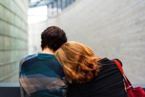 Come attrarre un uomo mentalmente e intrigarlo