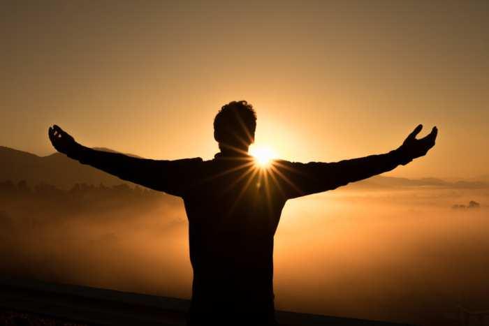 Fiducia in sè stessi: come averla e riacquistarla, e frasi