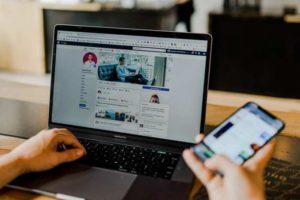 Come conquistare un ragazzo o un uomo su Facebook