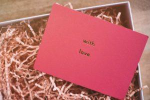 Scritte e frasi con parole d'amore belle e bellissime da dedicare a lei